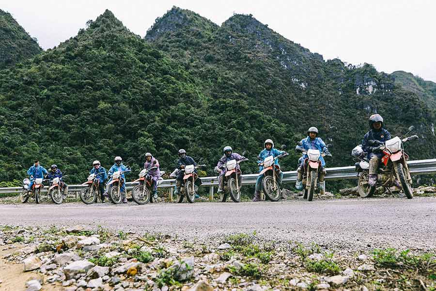 qt motorbike rental tours ha giang cao bang road 1