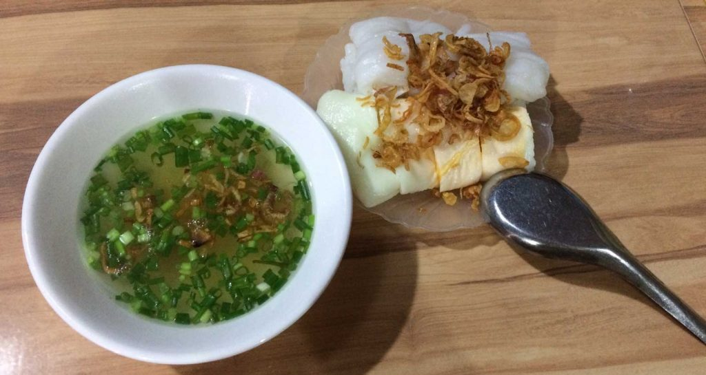 what to eat along the ha giang loop - banh cuon