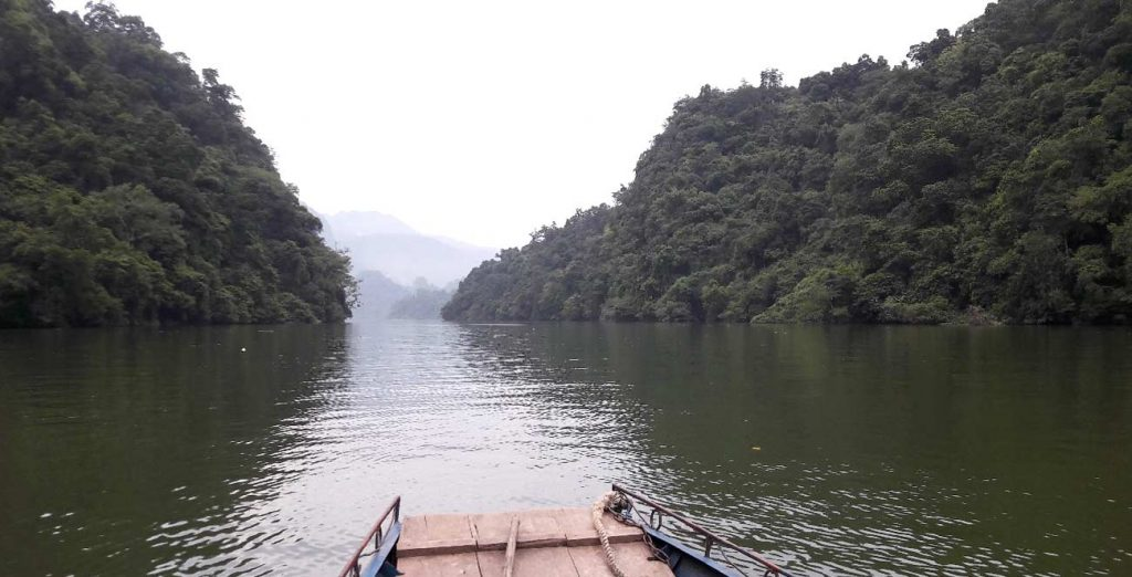 5 reasons to add Ba Be Lake to your itinerary in Vietnam - boat